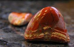 камень яшма фото свойства и значение для человека