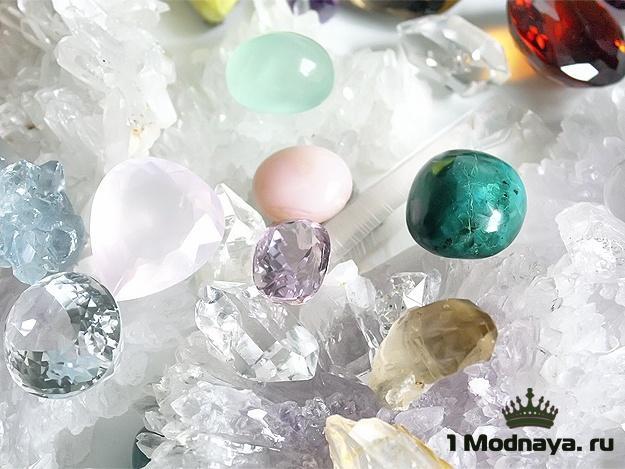 камни по знакам зодиака по дате рождения